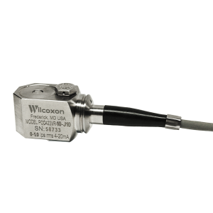 PCC423 side exit 4-20 mA velocity sensor with integral cable